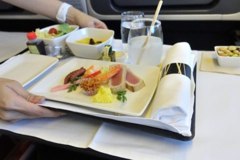 cathaypacific-businessclass-777/期待はずれの機内食