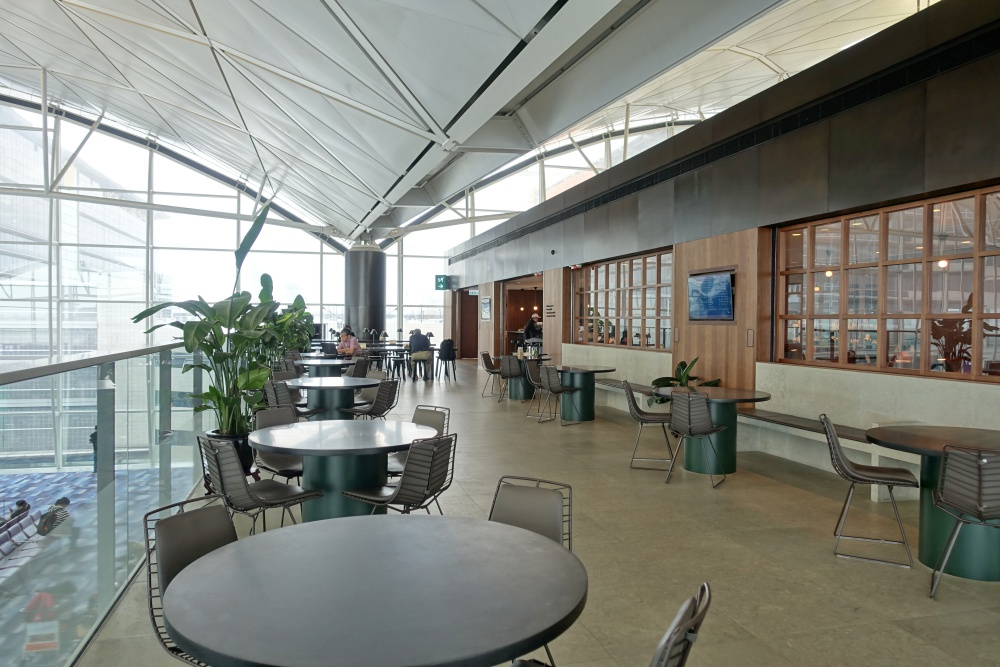 the-deck-cathaypacific-lounge (25)