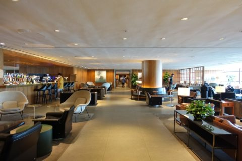the-pier-businessclass-lounge/Barエリア