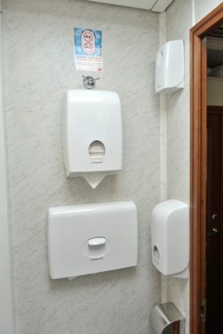 トイレの設備/オケアン号リュークス