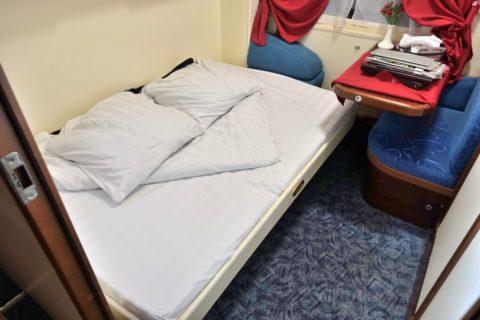 オケアン号リュークスのベッド