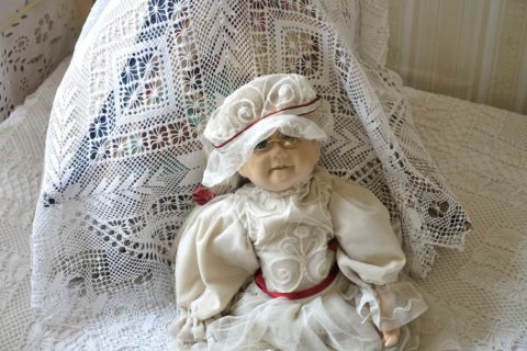 Sukhanov-Museum/怖い人形