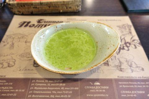 khabarovsk-cafe-Dosytaevsky/ほうれんそうとベーコンのスープ