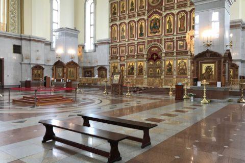 スパソ・プレオブランジェスキー教会の内部