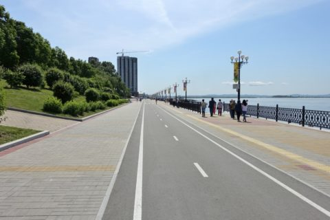 khabarovsk-city/アムール川沿いの遊歩道