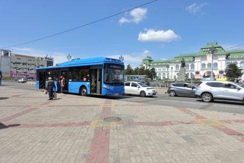 ハバロフスク駅前バス停