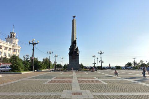khabarovsk-city/教会前広場
