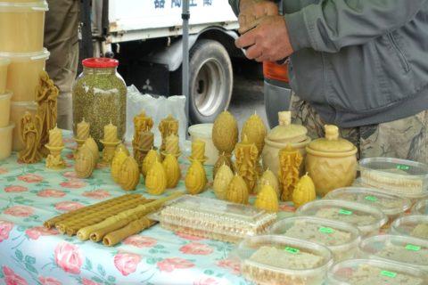 vladivostok-market-honey/ハチミツキャンドル