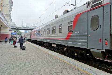 vladivostok-railway-station・1番ホームのオケアン号