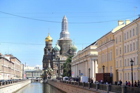 運河沿いの血の上の救世主教会