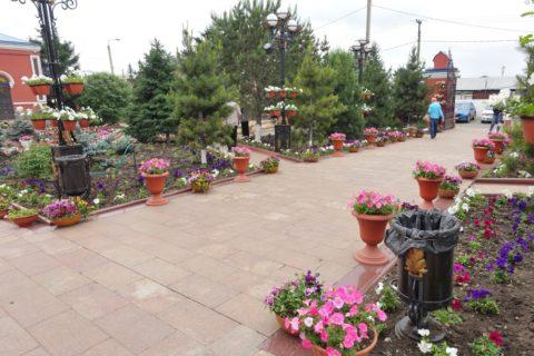 Kazan-church-irkutsk/正門からのアプローチ
