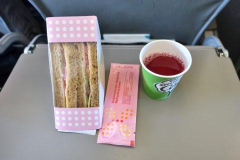 S7-Economy-class/機内食