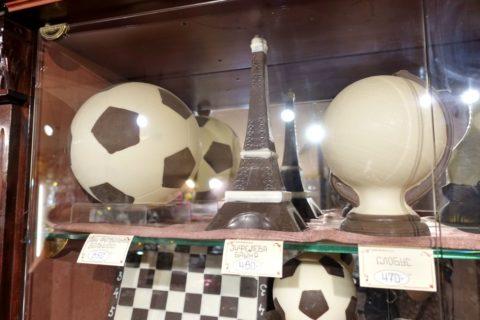 chocolate-museum-sankt-petersburg/サッカーボールのチョコ
