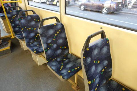 sankt-petersburg/トラムの座席