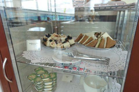 shostakovich-lounge/ブレッドロールとサンドイッチ