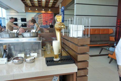 shostakovich-lounge/サーバーのビール