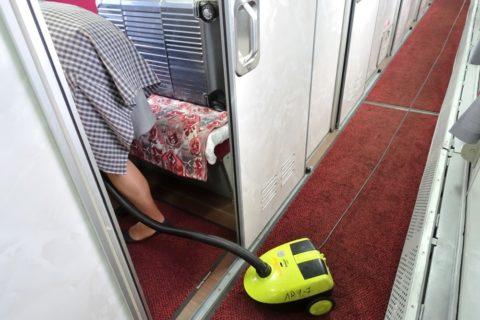 siberian-railway-007/部屋の清掃