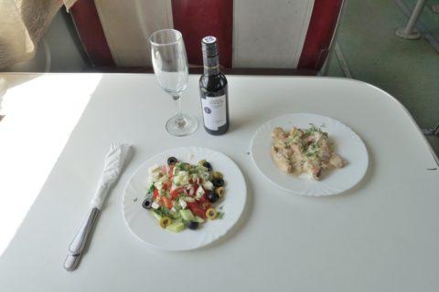 シベリア鉄道レストランの食事
