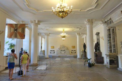 Alexander-Nevsky-Lavra/教会の1階