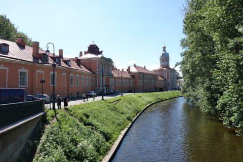 Alexander-Nevsky-Lavra/運河