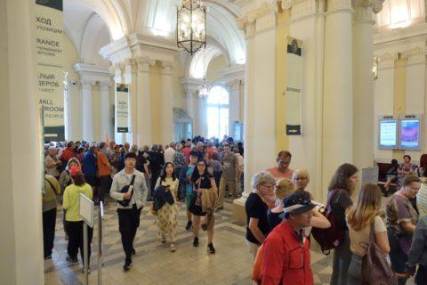 St-Petersburg-Hermitage-museum/エントランスホール