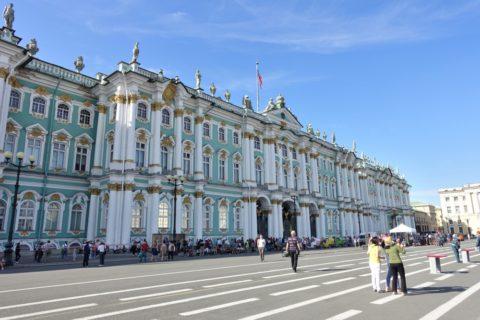 St-Petersburg-Hermitage-museum・全景と広場