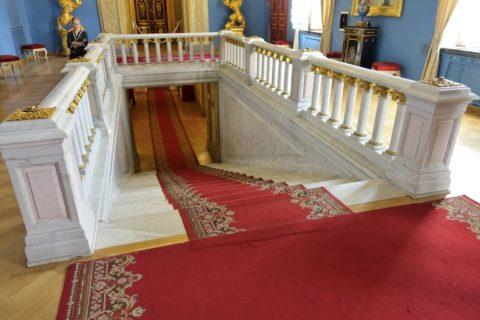 Yusupov-Palace・劇場への階段