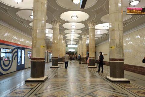 moscow-metro/4号線のホーム
