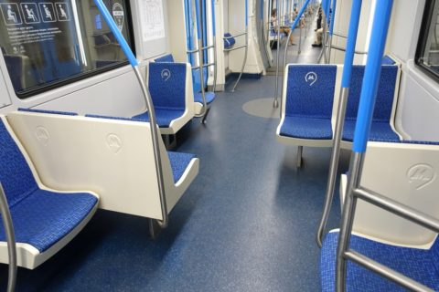 moscow-metro/4号線のセミクロスシート