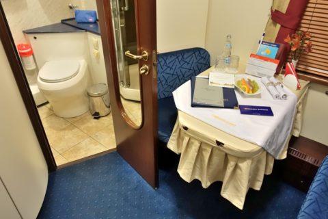 siberian-railway-express/リュークスの部屋とバスルーム