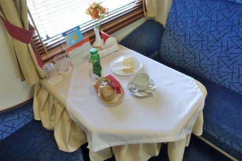 siberian-railway-express/朝食の提供