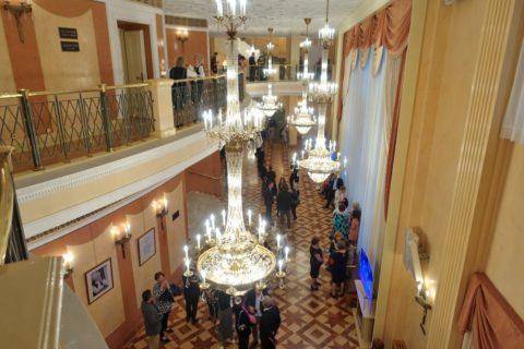 Bolshoi-Theatre-New-Stage/吹き抜けのホワイエ