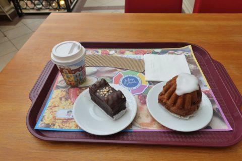 GUM-Department-Store/カフェのコーヒーとケーキ