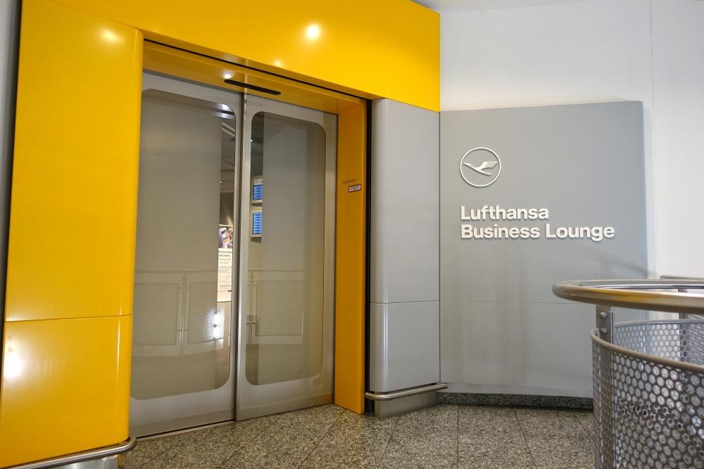 frankfurt-lufthansa-business-lounge (4)
