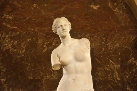 musee-du-louvre/ミロのヴィーナスの上半身