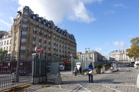 paris-est/駅前