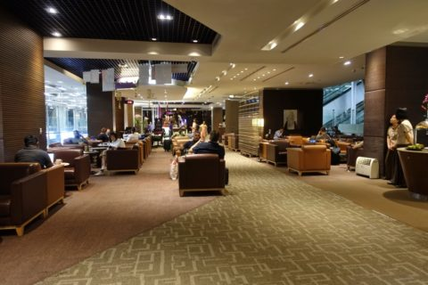 royal-silk-lounge-concourse-d/インテリア