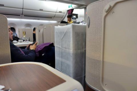 thai-airways-businessclass/機内食のワゴン