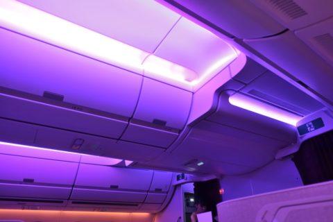 thai-airways-businessclass/機内照明