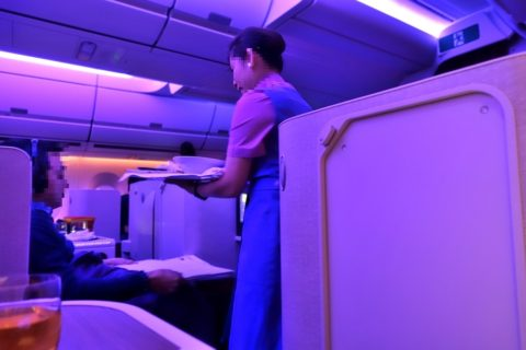 thai-airways-businessclass/朝食サービス
