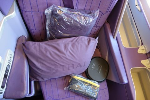 thaiairways-a380-businessclass/寝具