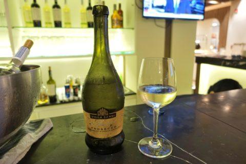turkishairlines-lounge-bangkok/ワイン