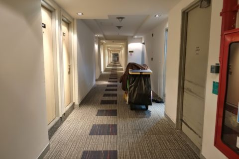Miracle-Transit-Hotel/廊下
