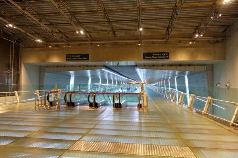changi-airport/地下道