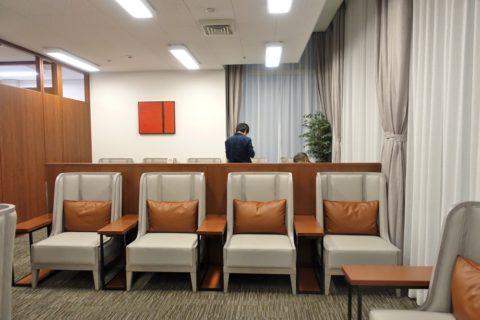 sakura-lounge-annex-naha/混雑状況