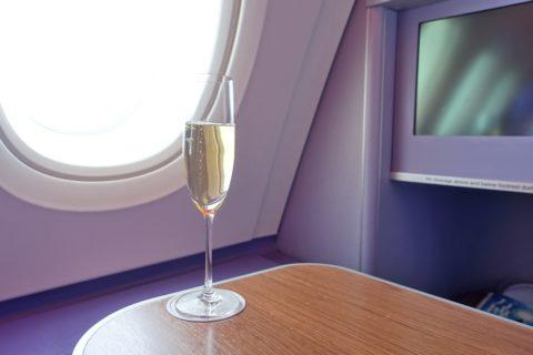 thaiairways-a380-businessclass/シャンパン