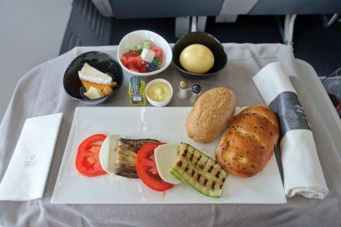 turkishairlines-b737-900-businessclass/前菜のプレート