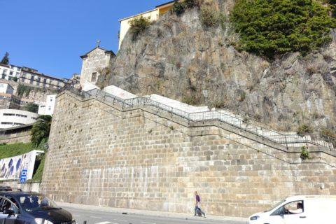 ポルトの崖