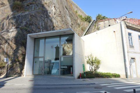 Porto-Funicular・乗り場