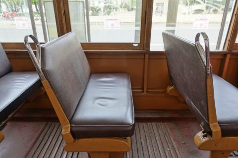lisbon-tram/2人掛けシート